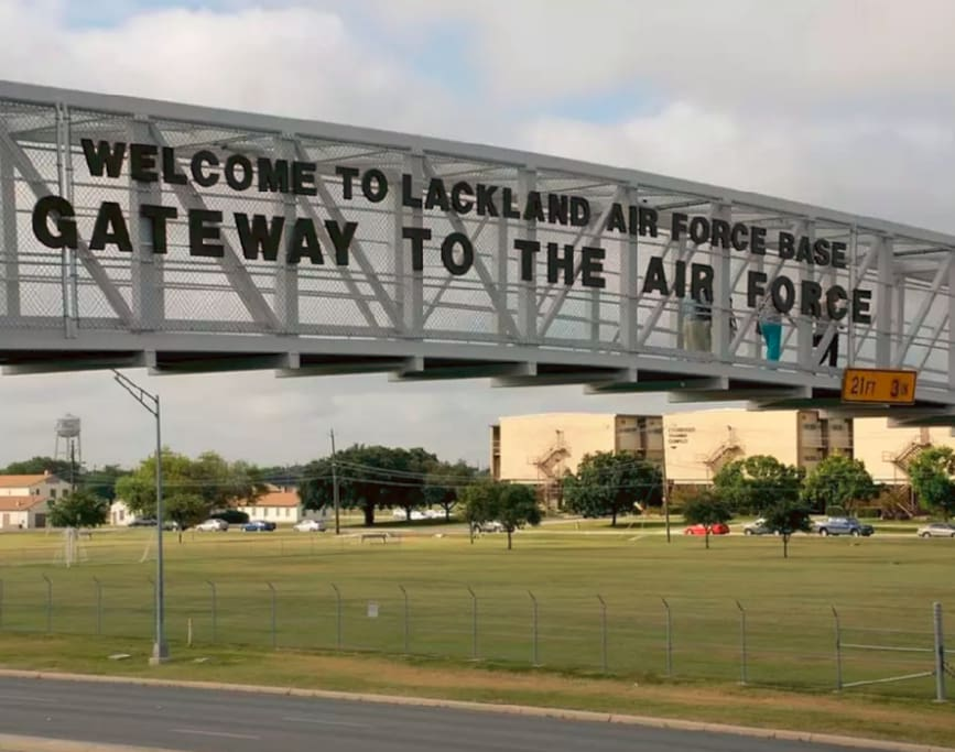 Just 3 miles from Lackland AFB - One exit away!