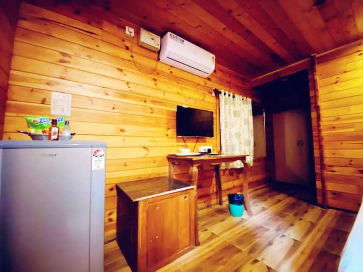 3 bed room wooden  cottages  at casa obrigado