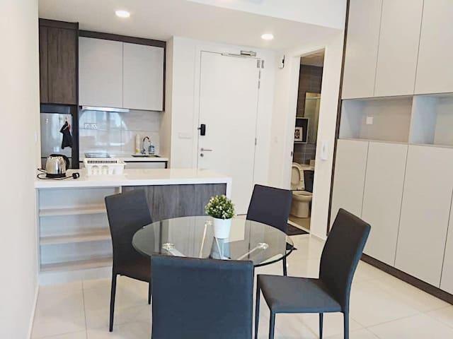 Cozy 1+1 Suites near to Jalan Alor
