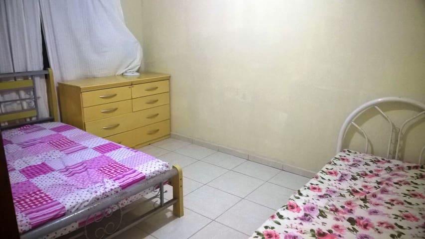 Casa Amerela! Casa de Praia c/piscina e 04 quartos - Barra de Santo Antônio - Rumah