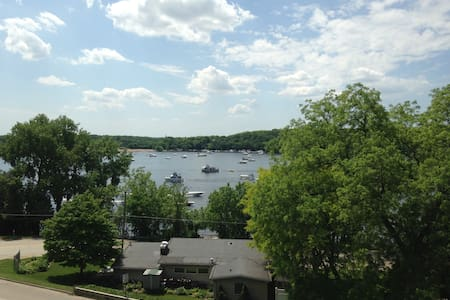 Room with a View, St Croix River - 普雷斯科特 - 連棟房屋