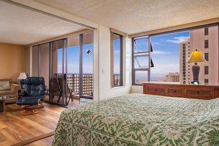 WB2806 Ocean View 1 Bdrm by Beach - Honolulu - Apartment