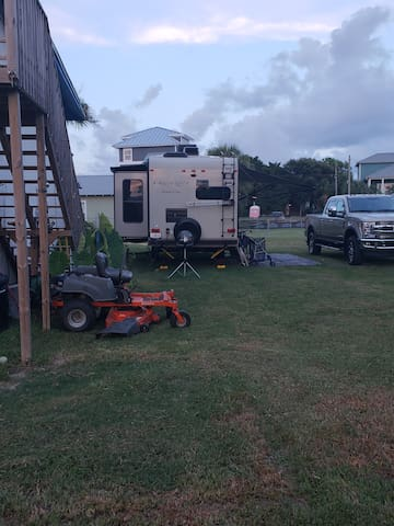 I have water and electricity  RV SITE 32ft max
