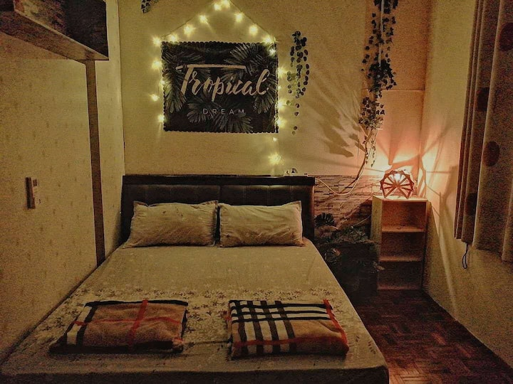 Twin Homestay-(Private room for 2 pax)