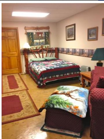 Renting by the month.. for extended stay guests