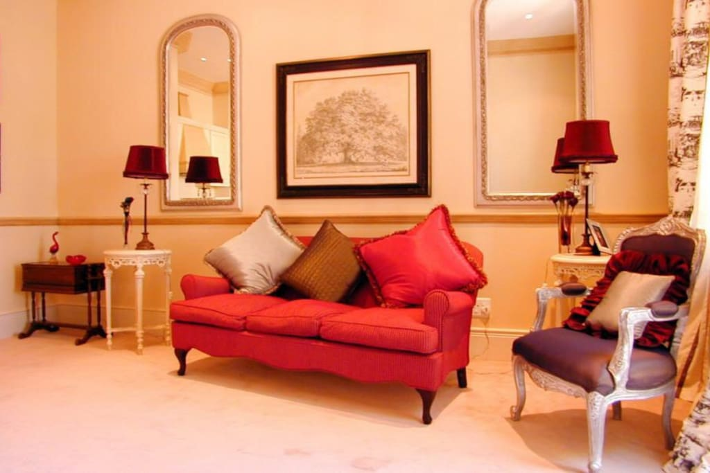 Beautifully and stylish decorated from well renowned Cape Town decorator