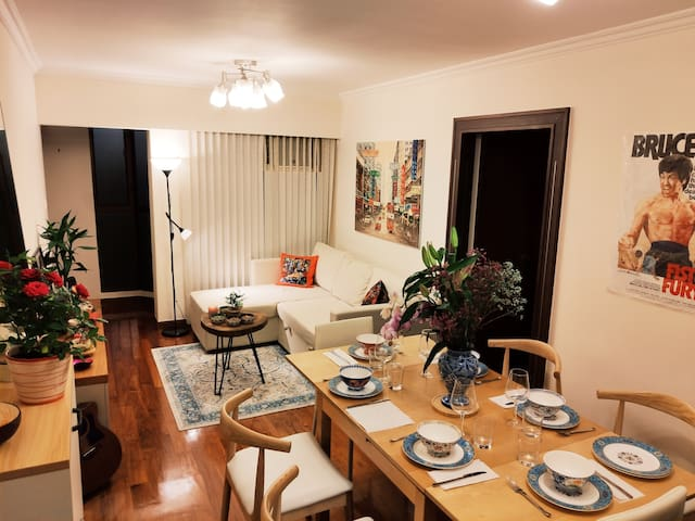 COSY & UNIQUE apartment in the HEART of CENTRAL