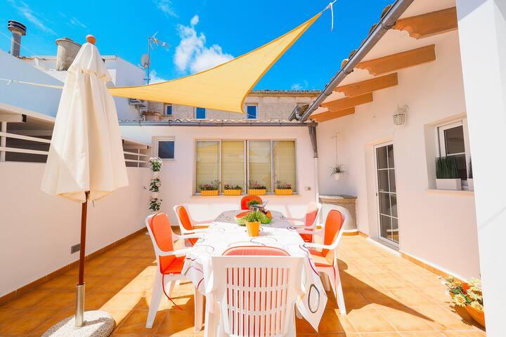 Muro ☼ Classical Home BBQ + Terrace