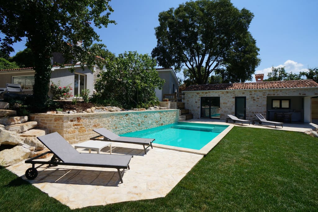 Villa Istrian Hideaway with side building and 30m2 pool