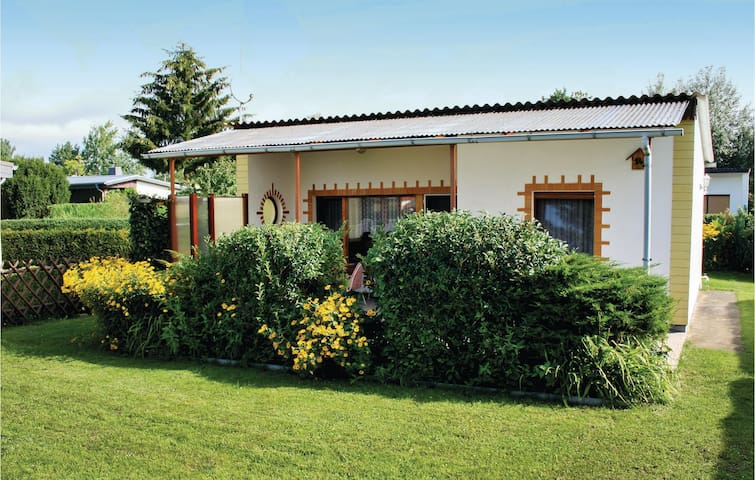 Holiday cottage with 1 bedroom on 35 m² in Zehdenick