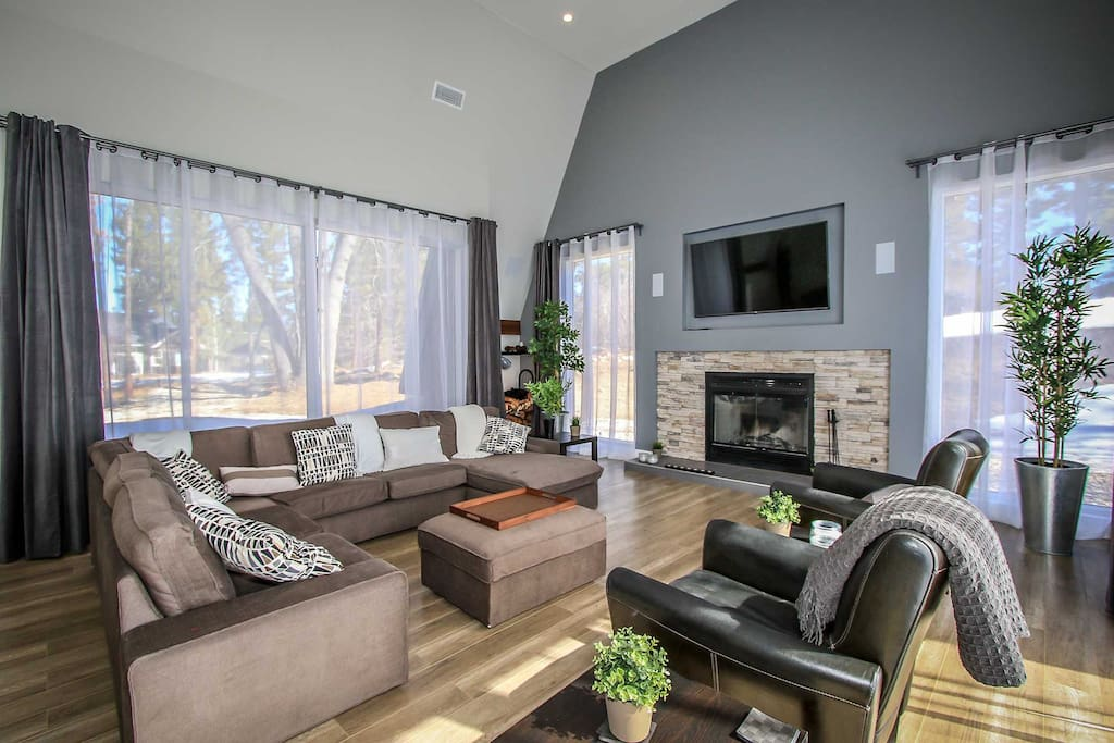 Mounted TV/DVD Player, Fireplace
