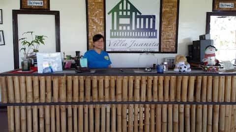 Villa Juanita Hinatuan, Backpackers accom.