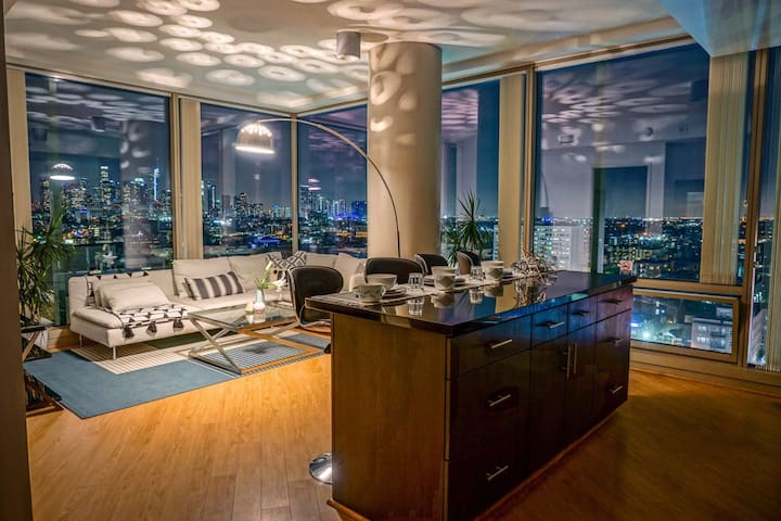 LA WILSHIRE 2BD/2BA 2x QUEEN SUITE + SKYLINE VIEWS