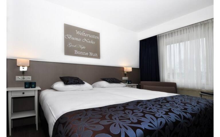Comfort King Room