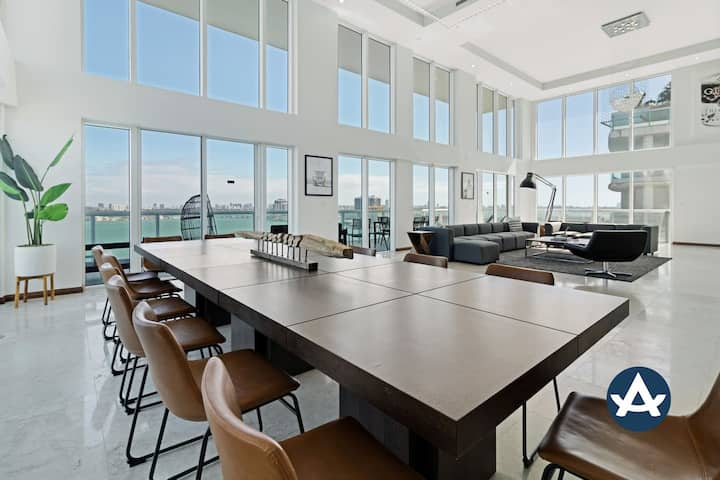 Sextant | 2-Story Waterfront Penthouse #15 | Heated Pool | 10 mins to Beach
