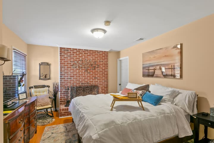 Peaceful Guest Suite in Heart of Atlanta