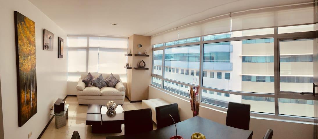 Suite en Élite Building