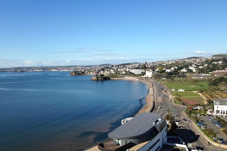 Amazing Sea Views! Large Two Bedroom Apartment
