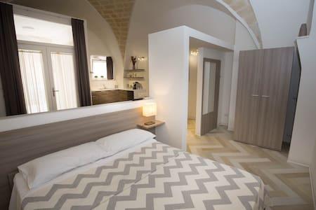 Puglia B&B Trinitapoli. Suite x 4 - Trinitapoli - Bed & Breakfast