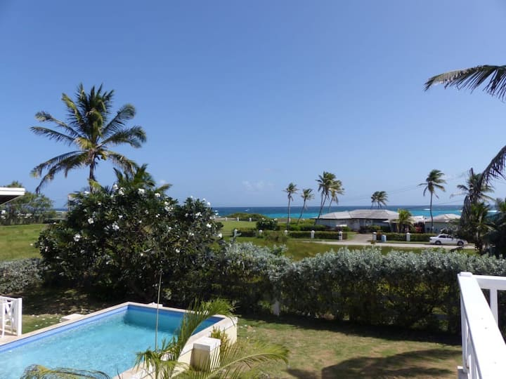 Majestic Palms-a place to Unwind, Relax and Enjoy!
