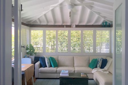 Family. Stylish. Space. Parking. Walk to Manly. - Balgowlah