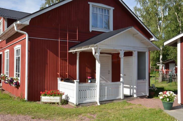 Trevlig söderbelägen lägenhet - Strandbergs Stugor