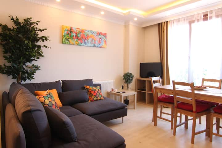 Luminous Recently Furnished 2+1 - Claret & Lilac
