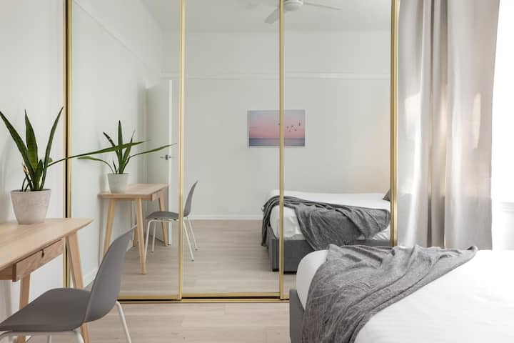 Inner-city pad in the Heart of Potts Point