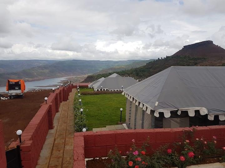Hilltop tent resort at kaas