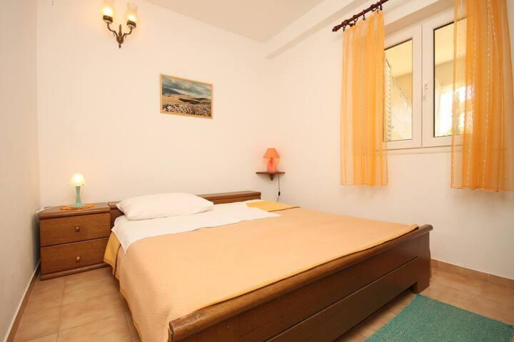 Appartamento di una stanza con terrazzo Novaglia - Novalja, Pago - Pag (A-6317-b)