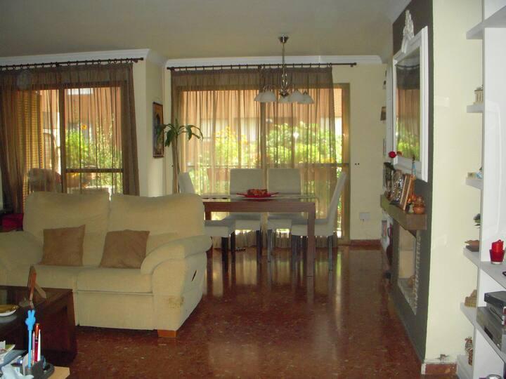 Habitación fresca y bonita.