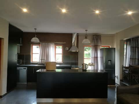 Beautiful Private Farm Cottage  Self - Catering