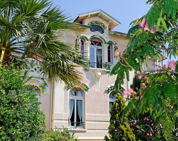 Cannes Villa New-style 5 rooms