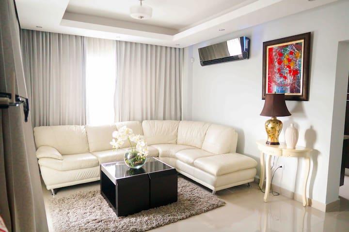 Top El Millón Apartments Vacation Rentals Airbnb