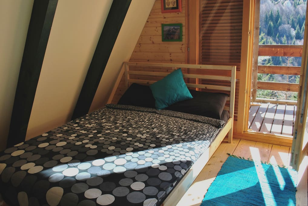 Upper bedroom for 2 or 3 people