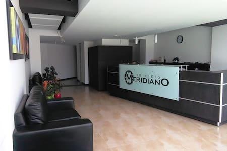 Moderno aparta-estudio Meridiano - Manizales