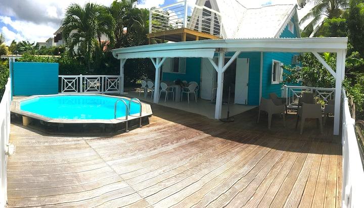 Kaz'A Turquoiz, villa créole piscine privée et vue