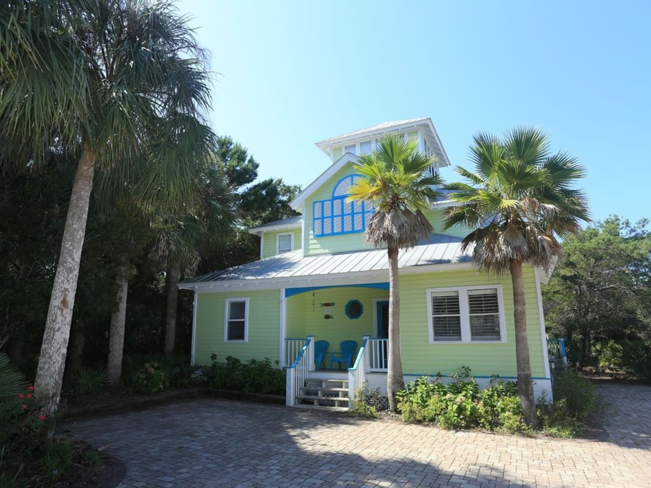 Sea Breeze Vacation Rental on 30A - Front of house