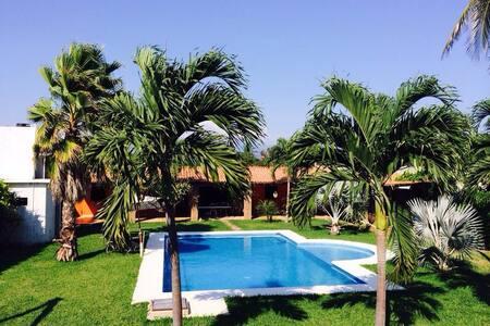 Villa con acceso al mar en Acapulco - 阿卡普爾科 - 獨棟