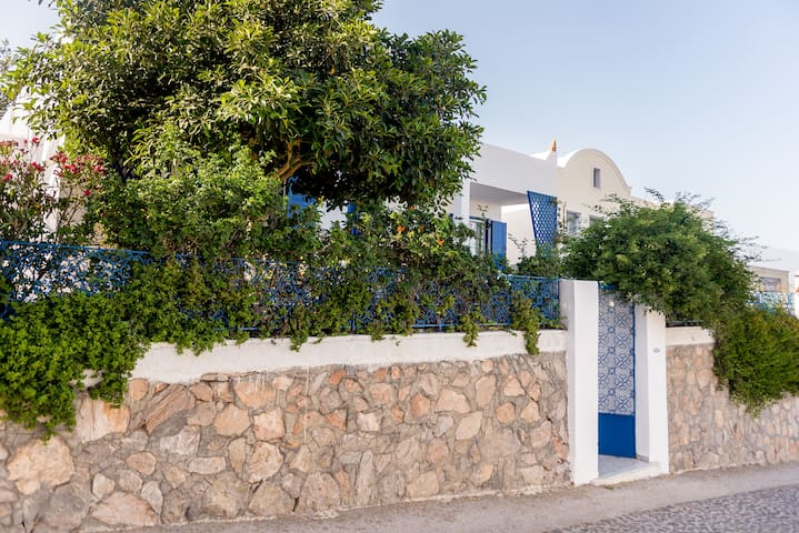 Magias house-fira center,(three bedrooms) - Fira - House