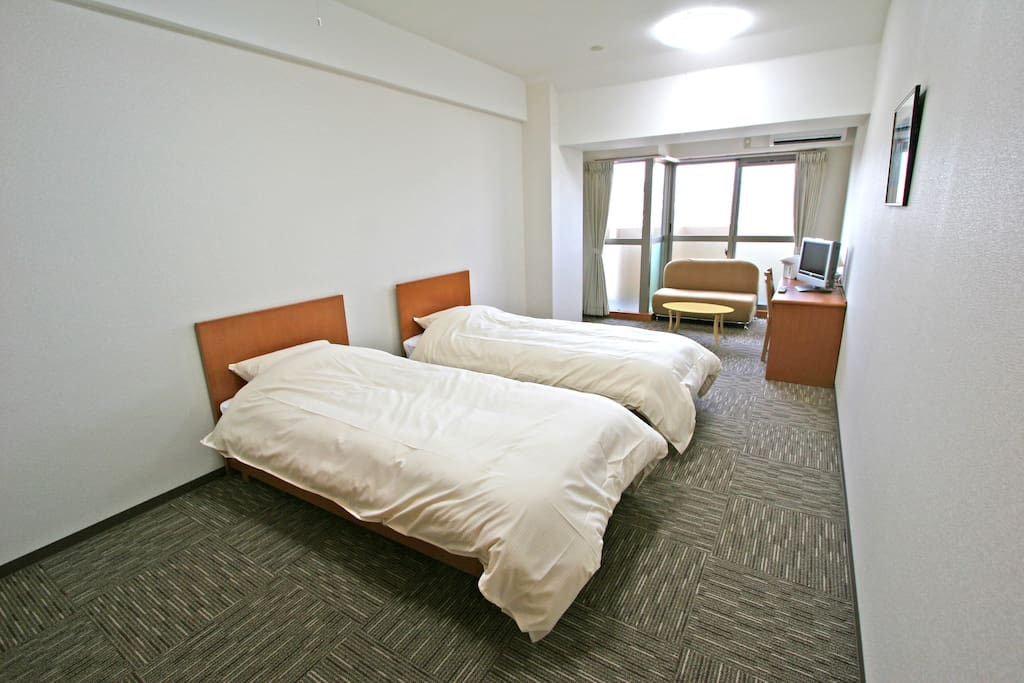 2 bed room(size 100✕200)