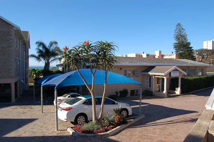 Bishops Inn Guest House Self-Catering