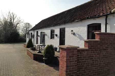 The Anvil spacious cottage for 4. - Lincolnshire - Muu