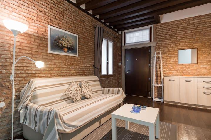 Venetian style apartment