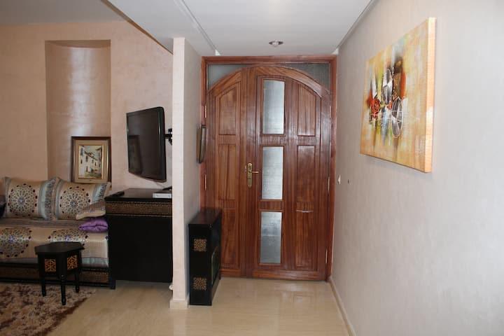 Luxury apartment in Hay Riad, Rabat (116m2 garden)