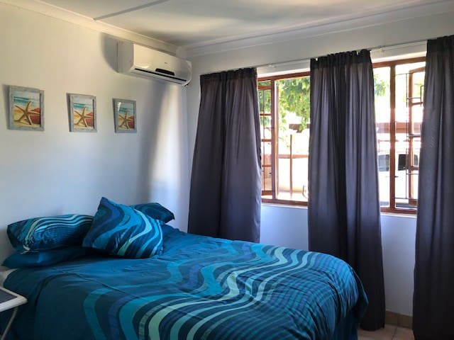 Main bedroom with Airconditioner / BIC