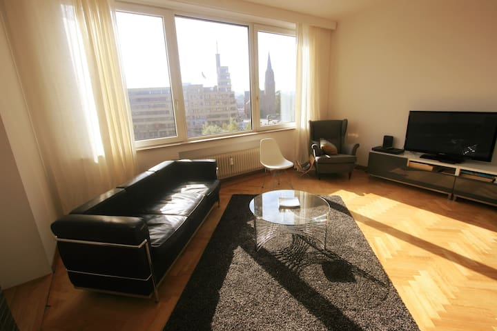Flagey bright charming 2 bedroom apt with a view!