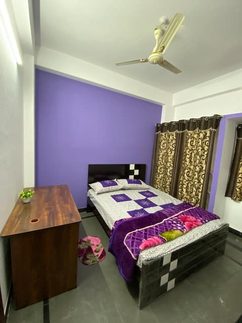 3-SIDDHI HOUSE 1BHK CLEAN & ACE LOCATION