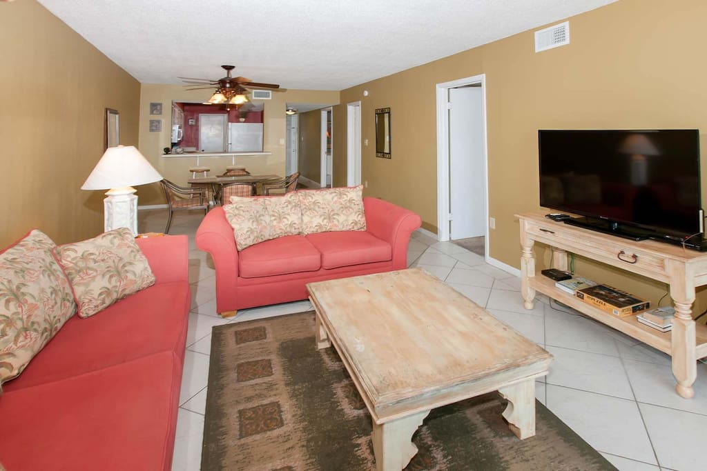 Living room with 46-inch TV/DVD