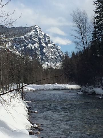 Methow river in March